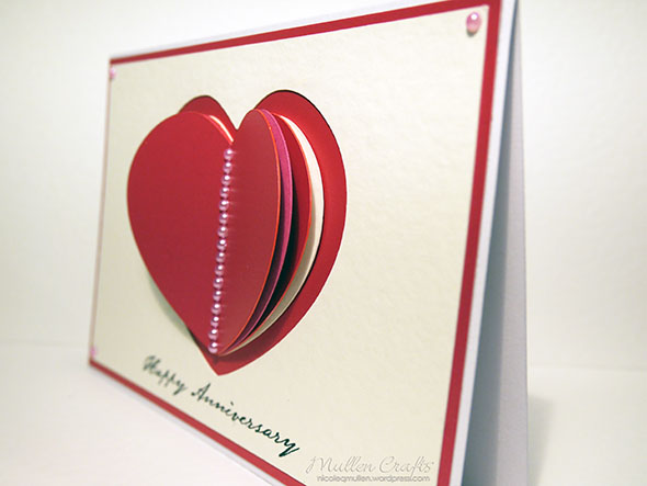 3d-heart-card-side-view